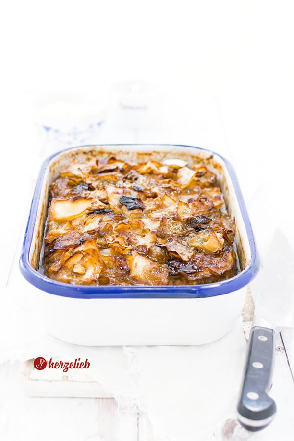Nordische Lasagne ist Hackfleisch und Kohl in einer Auflaufform geschichtet und im Ofen gegart. Tolles Kohl-Lasagne Rezept von herzelieb - Hausmannkost