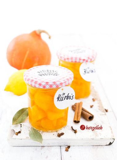 Eingelegter Kürbis mit Lorbeer, Nelken und Zitrone von herzelieb selbstgemacht