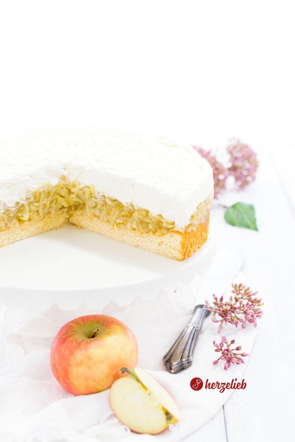 Apfelkuchen ganz saftig, schwedische Apfeltorte