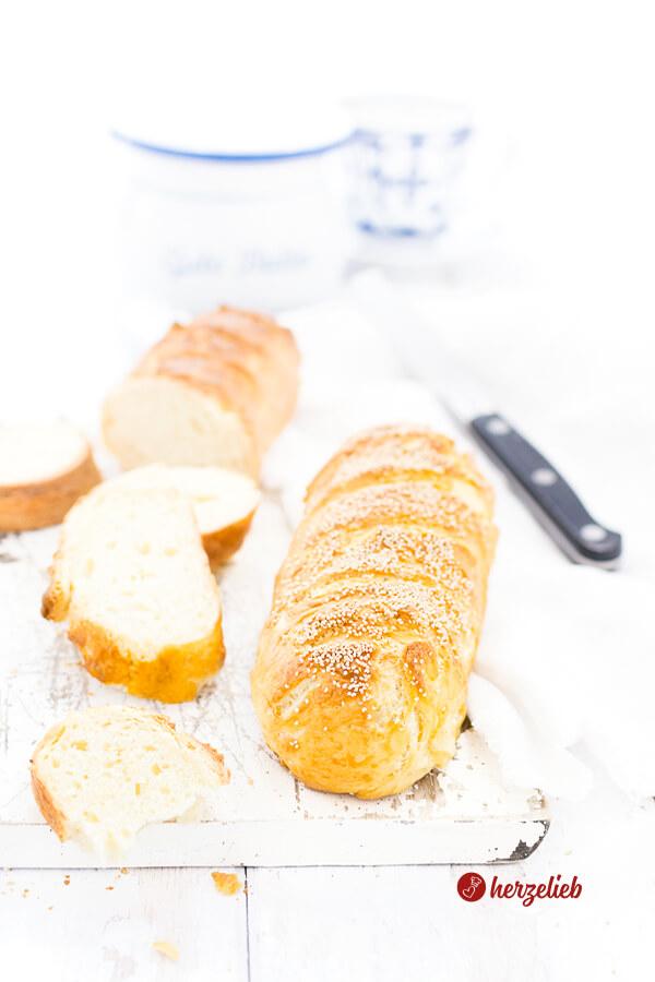 Gekochtes Weißbrot – Rezept für leckere, kleine Brote