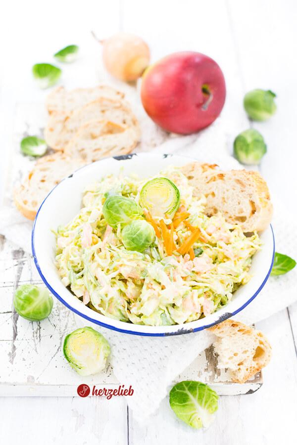Rosenkohl Coleslaw Krautsalat selbermachen