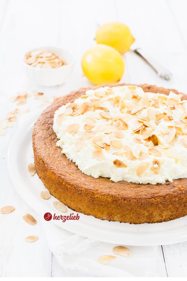 Kartoffel-Zitronenkuchen mit Mandeln und Zitrone