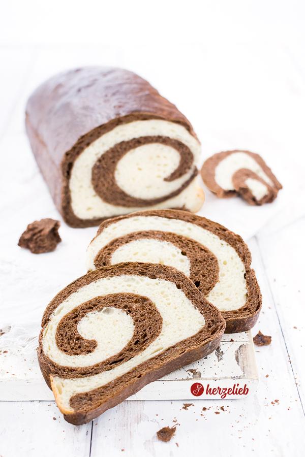 Weiches Weizenbrot von herzelieb das Kakao Swirl Brot