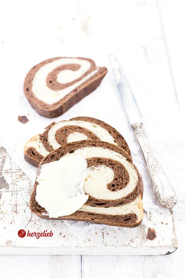 Kakao Swirl Brot weiches Weizenbrot von herzelieb