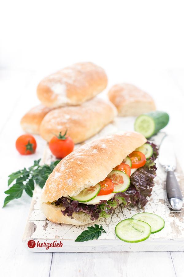 Gefüllte Mini-Sandwichbrote von herzelieb - mit selbstgebackenen Broten von herzelieb