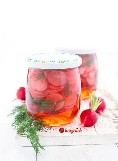 Süßsauer eingelegte Radieschen Rezept mit Dill von herzelieb