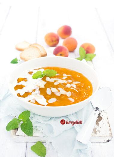 Aprikosengrütze oder Gelbe Grütze Rezept von herzelieb