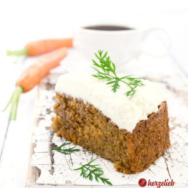 Gulerodskage oder Karottenkuchen Rezept von herzelieb