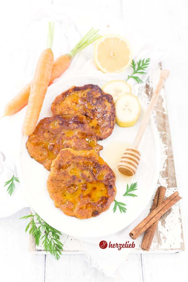 Karottenkuchen Pfannkuchen Rezept vom Foodblog herzelieb
