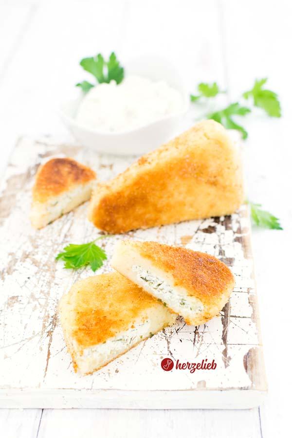 Saftige Kartoffelecken mit Frischkäse Rezept