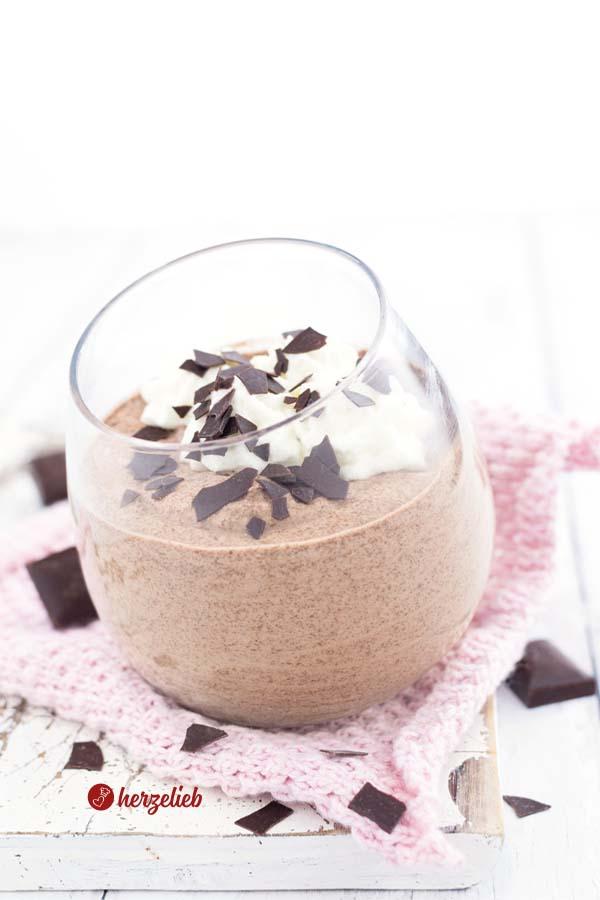 Cremiges Schokomousse Dessert im Glas Blitzrezept