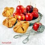 Apfeltaschen mit Caramel-Herz - 30 Minuten Rezept