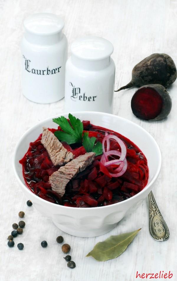 borschtsch rezept rote bete suppe die russsische hausmannkost herzelieb. Black Bedroom Furniture Sets. Home Design Ideas