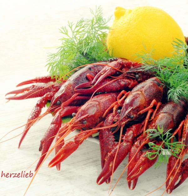 Flusskrebse zubereiten und kochen. Mit diesem Rezept ist es ganz einfach!