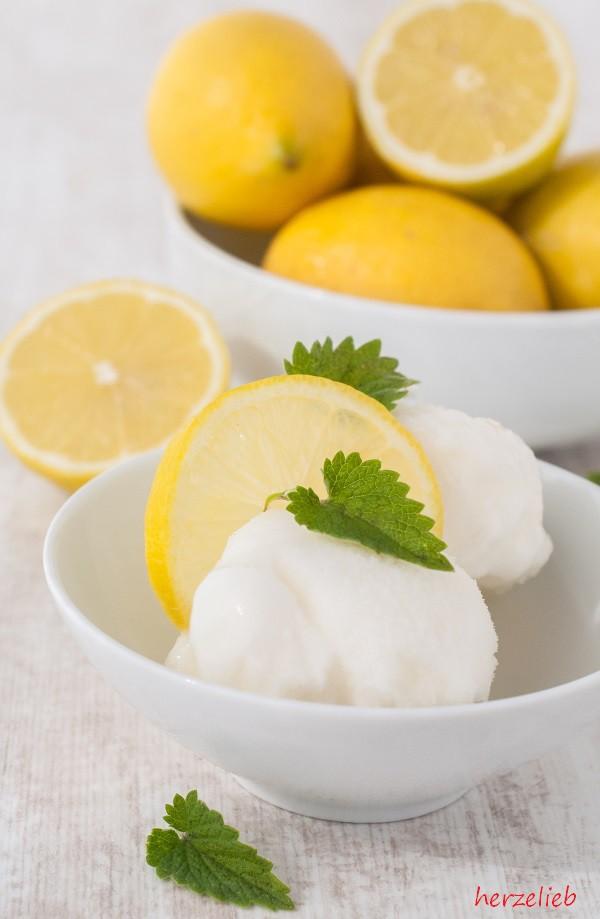 Frozen Joghurt Zitrone Rezept