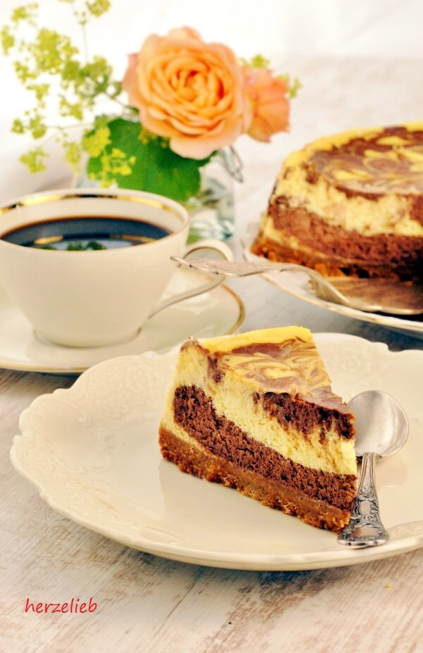 Käsekuchen mit Schokolade - Chocolate Cheesecake - Rezept