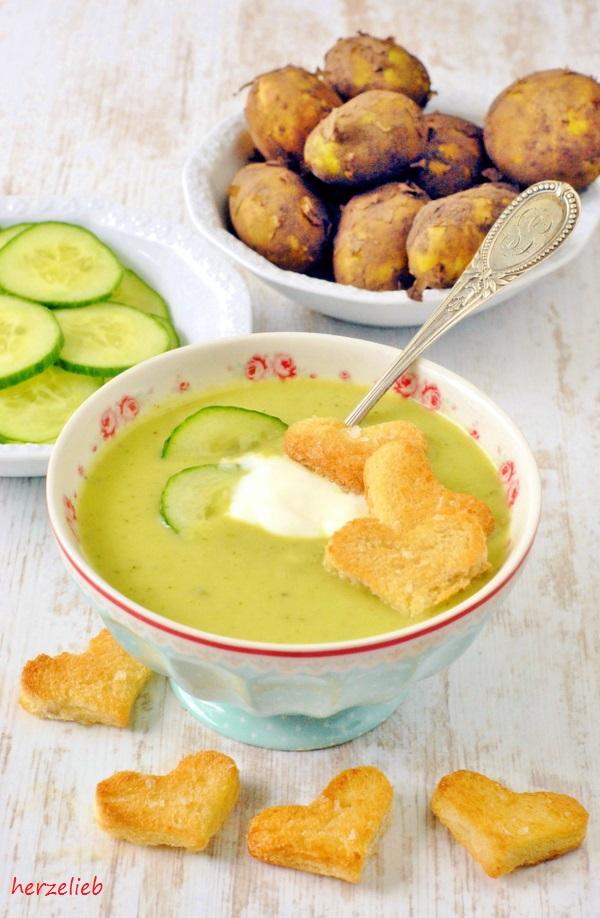 Kalte Gurken-Kartoffelsuppe - sehr lecker im Sommer!