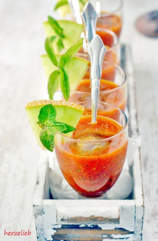 Melonen Gazpacho in Gläsern - tolles Rezept für eine Party