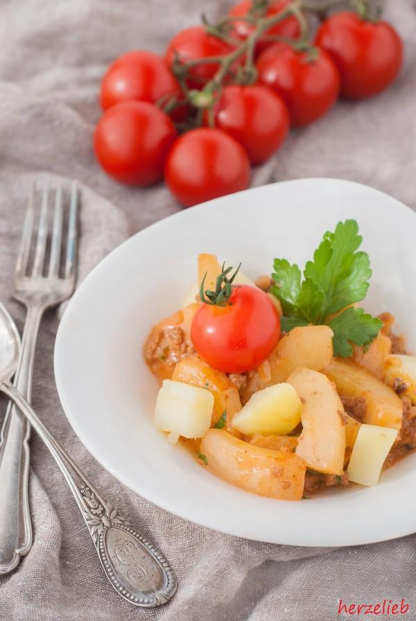 Ein Rezept für Schmorgurken - Kindheitserrinerung zum Kochen!