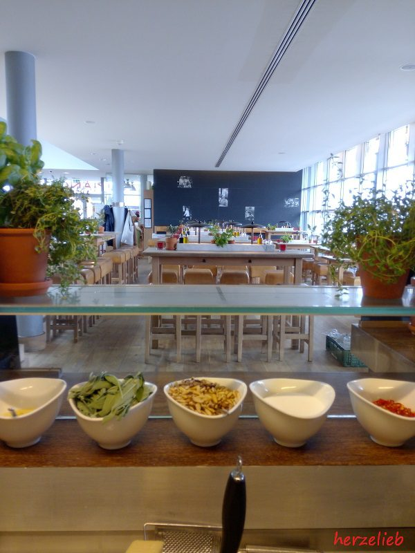 So sieht der Vapiano Koch in Kiel das Restaurant