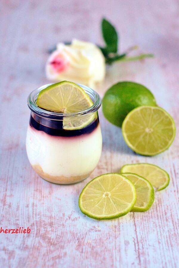 Dieses Dessert im Glas von herzelieb ist leicht zuzubereiten und etwas ganz Besonderes!