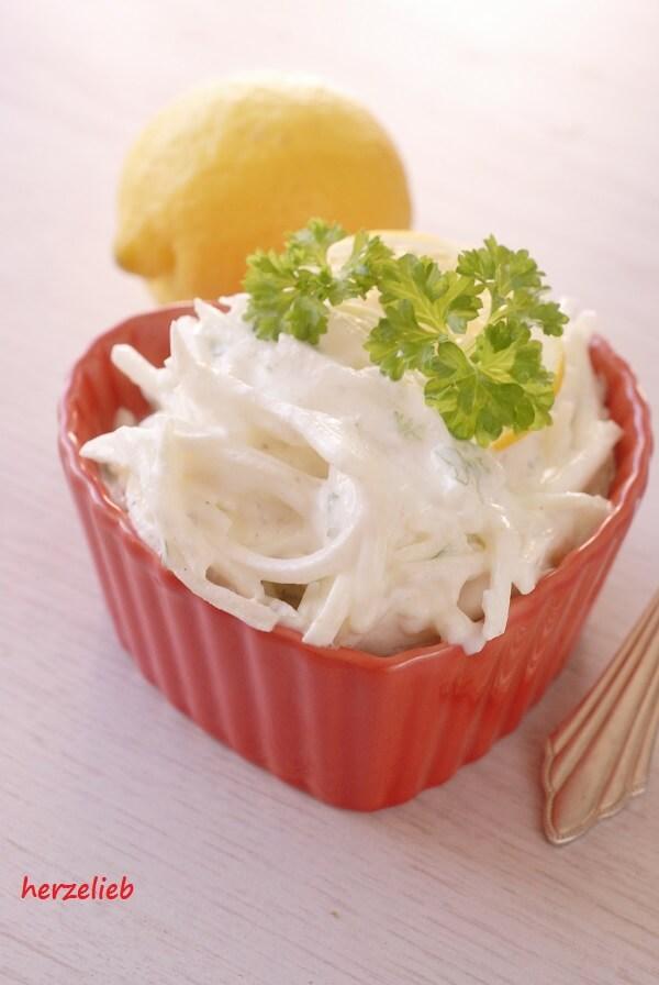 Grillfleisch -mit diesem Salat nochmal so lecker!